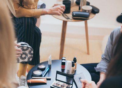 close-up-cosmetics-eye-makeup-1884582