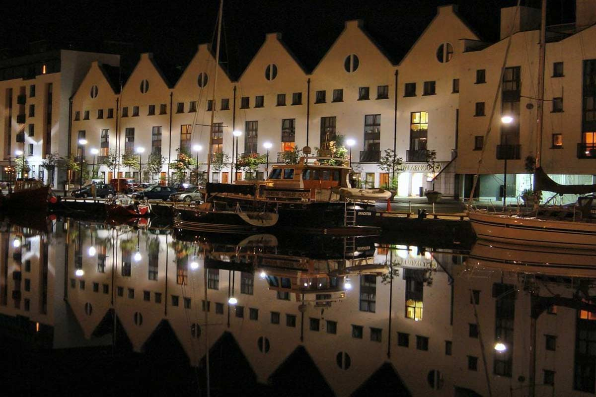 Galway at night image: TBEX.com