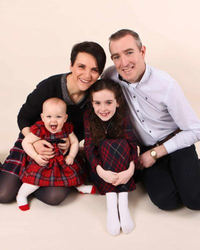 Saoirse-Ruane-and-Family