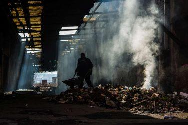 ailway-station-refugee-camp-belgrade-serbia-300dpi-6000x4000px-sarah-hickson.jpg