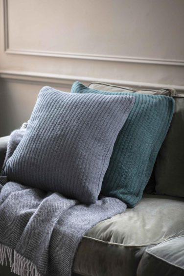 grey cushion décor